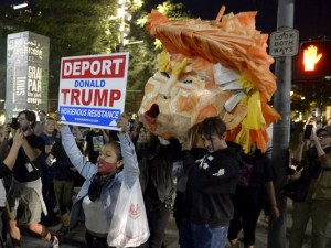 636143406686444947-ap-election-protests-california